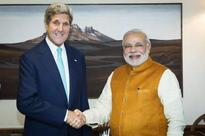 John Kerry's convoy crawls in Delhi's traffic, takes over 2 hours to reach hotel