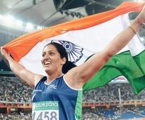 Olympic Athlete Krishna Poonia Saves Two Girls from Molesters and Wins Our Hearts
