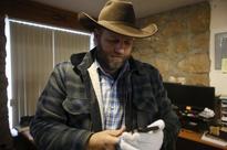 Leader of Oregon armed occupation arrested