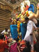 Ganesh Chaturthi: Mumbai bids adieu to Lord Ganesha