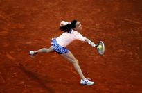 Top seeds Radwanska, Kerber crash out in Madrid