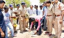 Poor parents abandon bodies of 7 infants, cops conduct last rites