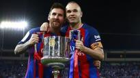 Iniesta refuses to commit to Barcelona