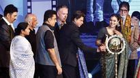 At KIFF, Shah Rukh Khan wants to be better at Bangla