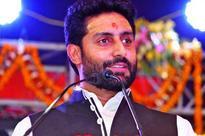 Abhishek Bachchan addresses the students at Banaras Hindu University festival 'Spandan '