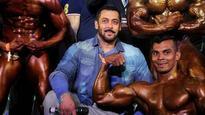 Salman Khan reveals life lesson from father Salim: Jo darr gaya...