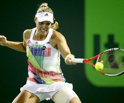 Kerber eases into semi-finals in Charleston