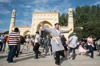 20 mln Chinese Muslims celebrate Eid al-Fitr