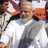 Narendra Modi calls Rahul Gandhi 'Mr Golden Spoon', campaigns for BJP in Karnataka
