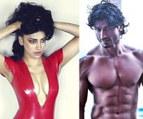 After link-up with Ranbir Kapoor, Shruti Haasan's closeness with Vidyut Jammwal, the hot topic of discussion?