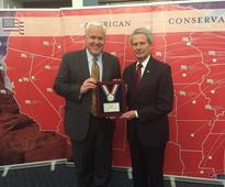 JONES RECEIVES AWARD FROM THE AMERICAN CONSERVATIVE UNION