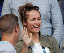 Kim Murray watches Andy Murray at the Australian Open
