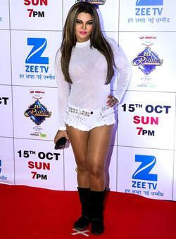 Rakhi Sawant, Ankita Lokhande at Zee Rishtey Awards