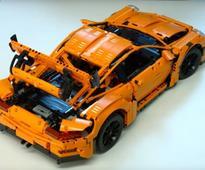 Bukan mainan biasa, Lego keluarkan model Porsche GT3 RS (VIDEO)