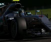 Belgian Grand Prix: Lewis Hamilton slip-up allows Nico Rosberg to start on pole