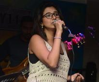 Shaktishree Gopalan belt out some of her lovely numbers partying at Bay 146 in Chennai