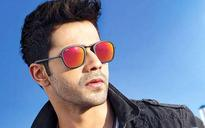 Varun Dhawan reveals actor who hooks up with fans: He's a Kapoor