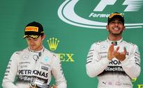 Hamilton wins in Mexico but Rosberg is right behind