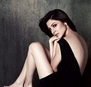 Anushka to do a cameo in Rajkumar Hirani`s upcoming biopic film