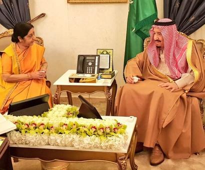 Swaraj meets Saudi King, inaugurates Janadriyah festival