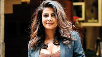 Priyanka Chopra to hold a Baywatch screening for her Quantico friends!