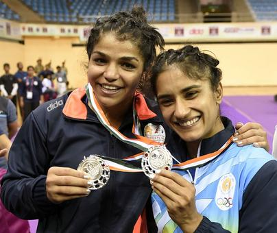 Sakshi settles for silver at Asian Championships