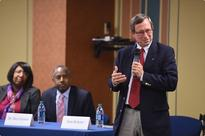 Bible response to refugee crisis missing from U.S. debate