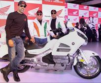 Akshay Kumar attends Honda Safety India in Auto Expo