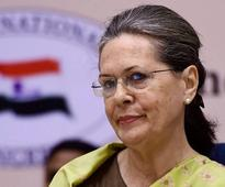 20 AAP MLAs face disqualification over offices of profit: Sonia Gandhi, Jaya Bachchan faced similar charges