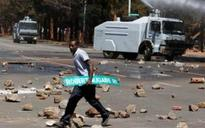 Zimbabwe protesters paralyse Harare with march against Robert Mugabe