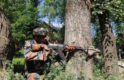 Two terrorists gunned down in Handwara