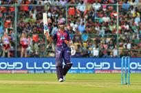 Injuries force underwhelming debut for Supergiants