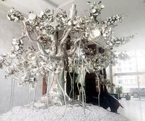 Poonam is an art thief too, says husband Jaidev Shroff