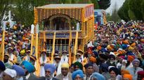Vancouver Baisakhi parade organisers create history, include LGBT commu...