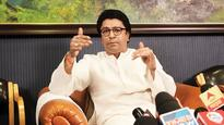 On his 49th birthday, crowds gather to greet Raj Thackeray at his Dadar home