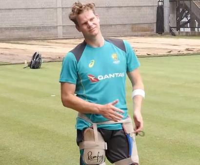 Ashes Roundup: Banged up hand no barrier for captain Smith