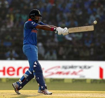Fitness and form key to Yuvraj's comeback, says Patil