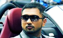 Police booked rapper Honey Singh for singing vulgar song