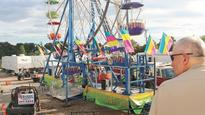 Report: Ferris wheel that dropped girls had worn out rivets
