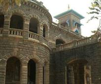 Cabinet decides to handover Kovalam Palace to Ravi Pillai Group