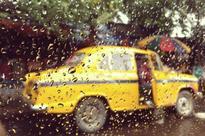 Cyclone Roanu hits Bangladesh, rains stop in Kolkata