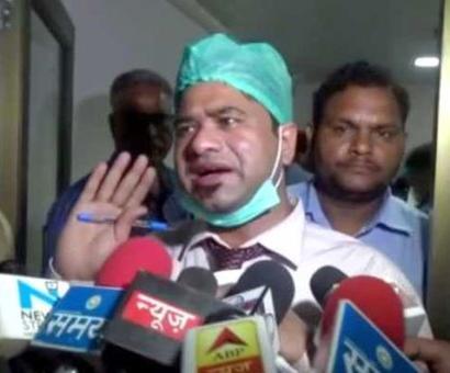 Sacked Gorakhpur doctor made scapegoat, say doctors in Delhi