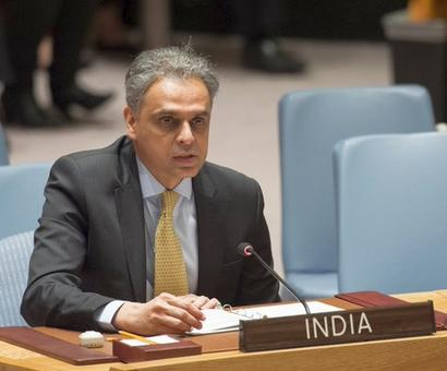Pak raising Kashmir at UN is like Miyan ki daud masjid tak: Akbaruddin