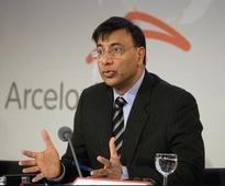 Lakshmi Mittal meets Jaitley on Essar Steel bid, conveys 'serious interest'