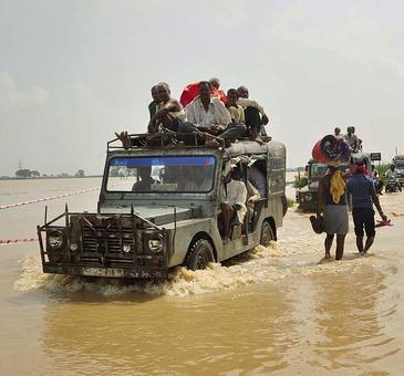 Rivers in spate, flood situation grim in Bihar