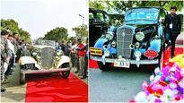 Vintage beauties strut Delhi roads