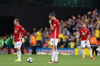 Paul Scholes slams 'sloppy' Manchester United Manchester United's Swedish striker Zlatan Ibrahimovic (C) waits to re-s...
