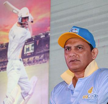 Kumble took the right decision: Azhar