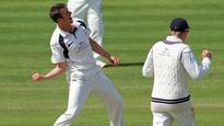 South Africa bowl first; Roland-Jones handed England debut