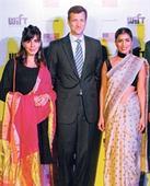 'Darna manaa hai' - insist Pallavi and Kirti